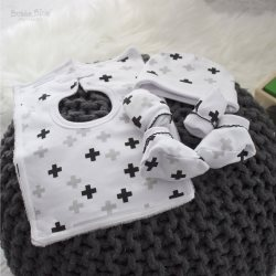 13 polar bear layette 6