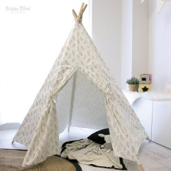Feathers teepee tent
