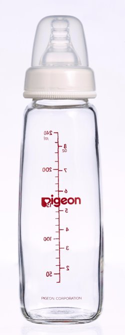 pigeon GLASS BOTTLE 240ML